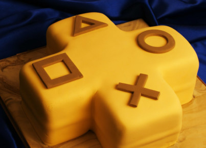 playstation_plus_kuchen